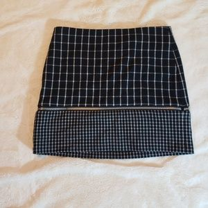 Michael Kors Black & White Mini Skirt s8P